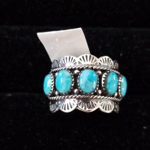 Jewelry - Turquoise and sterling silver ring size 7